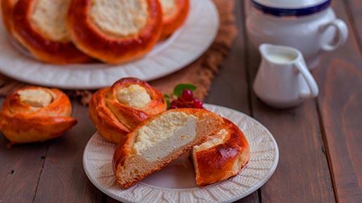 Очень быстрое дрожжевое тесто и вкуснейшие ватрушки из него