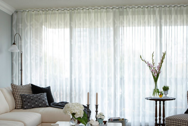 Тюль на окне вместо традиционной шторы