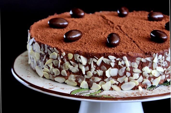 Торт со вкусом амаретто