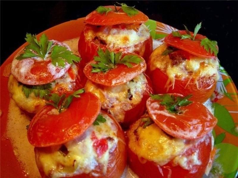 Фаршированные помидоры в микроволновке