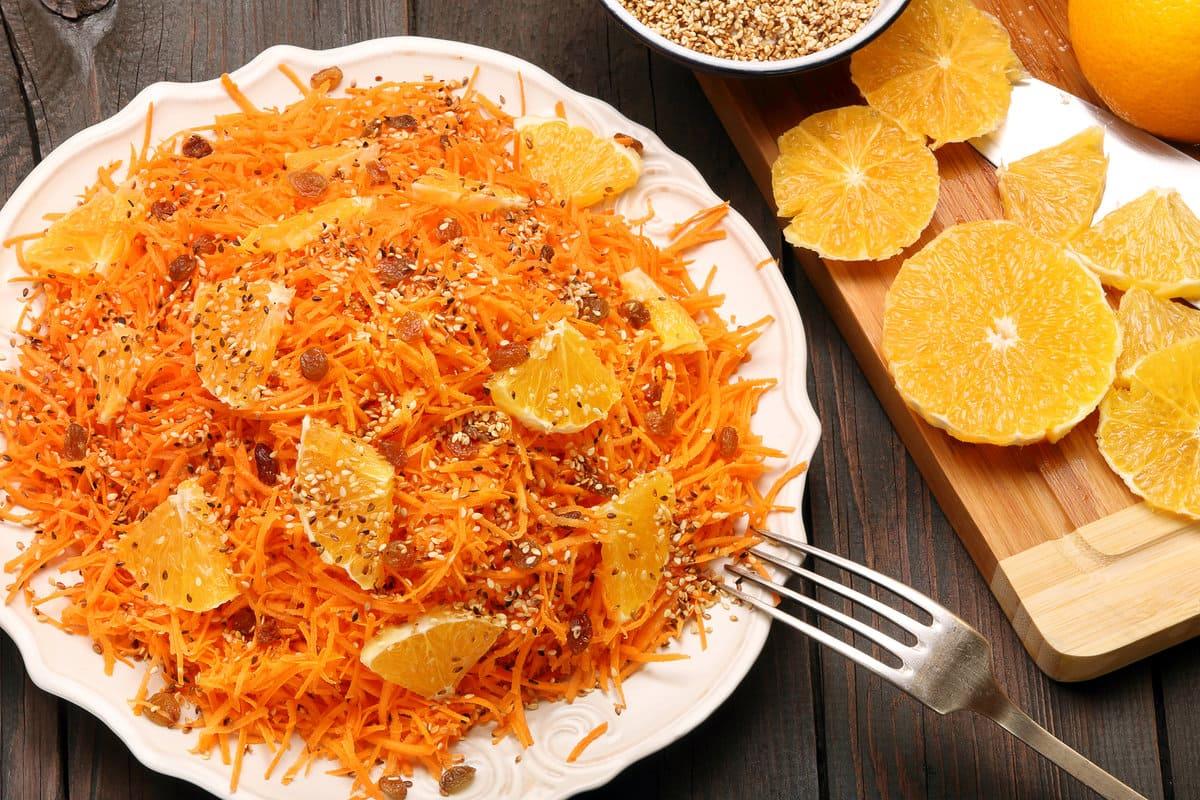 5 рецептов небанальных салатов