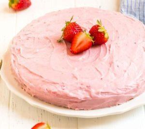 клубничный торт с клубничным кремом