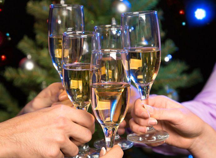 Алкогольные коктейли на Новый год – 5 вкусных рецептов