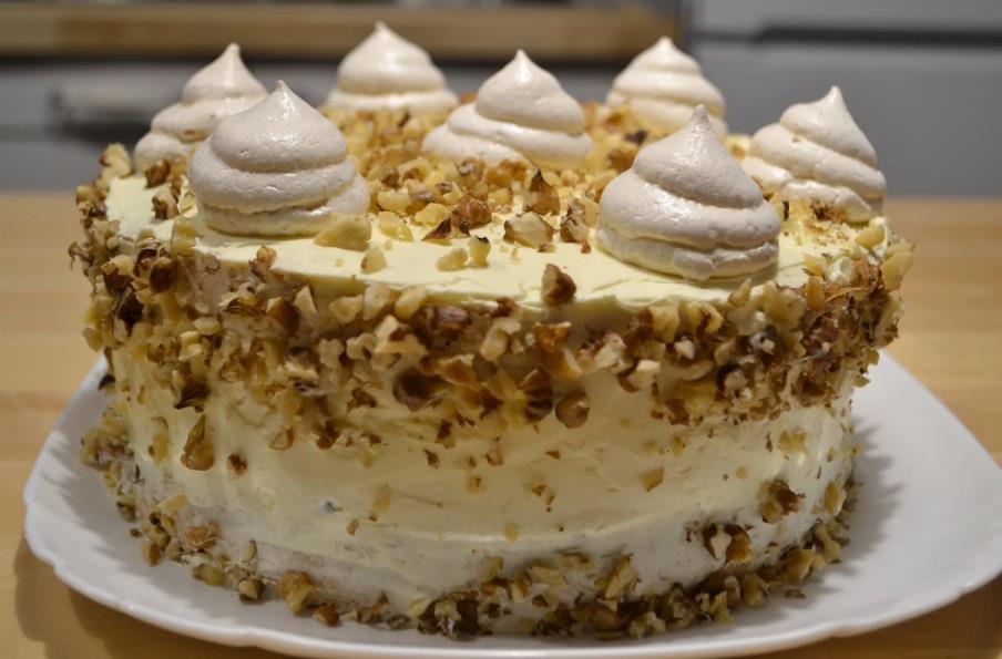 Торт-безе 12 месяцев
