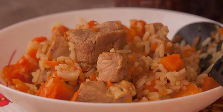 Мясо с рисом и тыквой