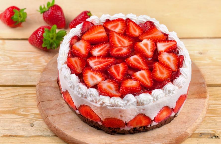 Клубничный торт «Наслаждение»