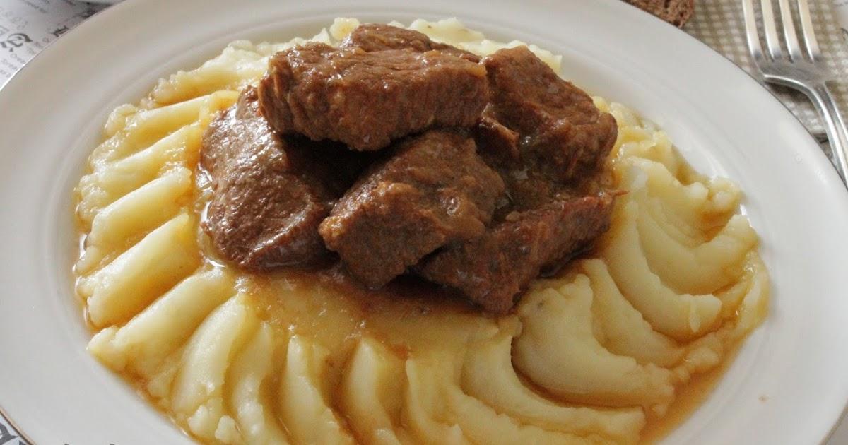 Говядина в луковом соусе – блиц-рецепт