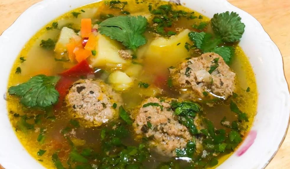 Кололик (армянский суп)
