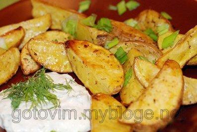 Картошка запеченная в духовке вторые